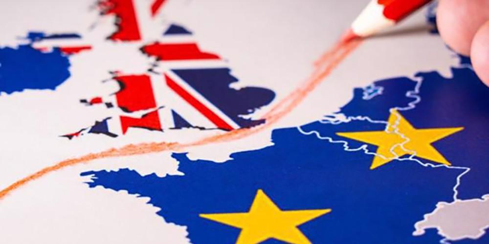 Viaggiare nel Regno Unito dopo la Brexit: info visti e passaporto.