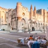 viaggio organizzato in pullman in provenza e camargue avignone palazzo dei papi