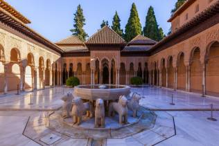 alhambra tour in andalusia