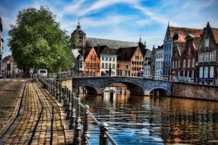 Tour organizzati in pullman nelle Magiche Fiandre, Francia e Belgio.
