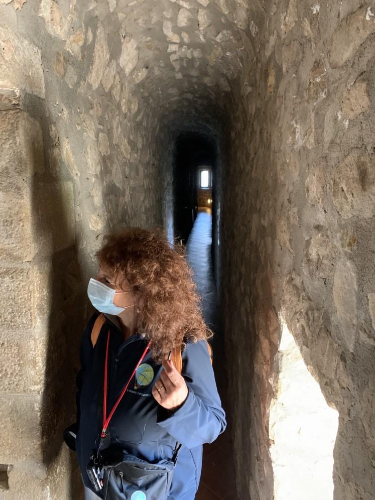 Andreina al Castello di Lagopesole.jpg