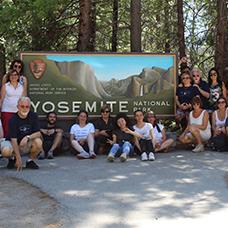 Foto di gruppo viaggio a Yosemite